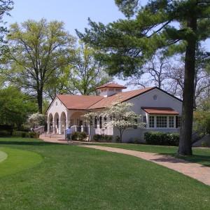 Golf Shop, Dining & Pool